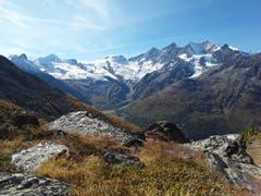 Ausblick auf die Viertausender ob Saas-Fee. (Bild: Bruno Ringgenberg (Kreuzboden-Saas Grund, 12. Oktober 2018))