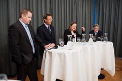 Z'graggen im Wahlkampf 2012: Podium mit Beat Arnold, Josef Dittli und Markus Züst (von links). (Bild: Dominik Wunderli (Altdorf, 26. Februar 2012))