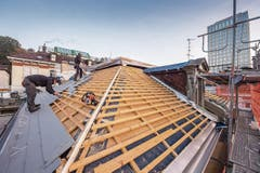 Das Dach des «Hogar Español» muss rundum erneuert werden.
