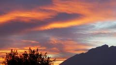 Schöner Sonnenuntergang über Stans und dem Pilatus. (Bild: Hans Steiner (Stans, 24. Oktober 2018))