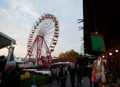 Auch in diesem Jahr eine Attraktion: Das Riesenrad. (Bild: Stefan Kaiser (Zug, 23.Oktober 2018))