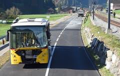 Die Unfallstelle bei Escholzmatt: Es wurden acht Personen bei der Kollision verletzt. (Bild: Luzerner Polizei)