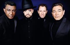 In den 1980er-Jahren eroberten Culture Club die Charts mit Hits wie «Do You Really Want To Hurt Me?» oder «Karma Chameleon». Dann löste sich die Band auf. Mit «Life» kehren Boy George und Co. zu alter Form zurück. (Bild:PD)
