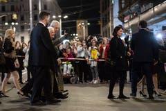 Die ganze Woche blickten Kinointeressierte nach Zürich, wo das Filmfestival lief. Nebst spannenden Filmen wie das kontroverse Drama «Der Läufer» waren auch internationale Stars wie Donald Sutherland, Johnny Depp und Judi Dench, die für ihr Lebenswerk geehrt wurde, zu sehen. Bild: Ennio Leanza/Keystone