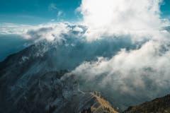 Sonnenuntergang im Alpstein mit vielen Wolken, aufgenommen auf dem hohen Kasten. (Bild: Remo Schläpfer)
