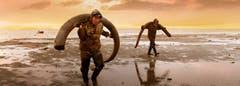 Der Schweizer Regisseur Christian Frei spürt in seinem neuen Dokumentarfilm «Genesis 2.0» auf den Fersen von Mammutjägern und Klonforschern dem Geheimnis des Lebens nach. Sein Film ist stellenweise so spannend wie ein Thriller.