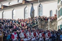 Jahr für Jahr zieht der Anlass zahlreiche einheimische und auswärtige Schaulustige an. (Bild: Pius Amrein (Sursee, 11. November 2018))