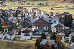 Das Dorf Andermatt mit dem Hotel Chedi. (Bild: Boris Bürgisser)