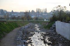 Der Uferweg verläuft neu innerhalb des Bachbetts. (Bild: Sandro Büchler)