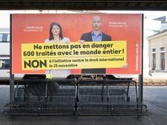 Die Kampagne der Gegner zeigt Wirkung. Der Nein-Trend zur Selbstbestimmungsinitiative verfestigt sich gemäss den neusten Abstimmungsumfragen. (Bild: KEYSTONE/ADRIEN PERRITAZ)