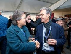 Im Bild: Barbara Beck-Iselin, Gemeinderätin von Menzingen und der Zuger Stadtrat Karl Kobelt. (Bild: Stefan Kaiser (Zug, 15. November 2018))