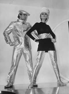 Space-Look vor 50 Jahren: aus der 1968er-Kollektion von Pierre Cardin.