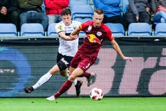 Jasper van der Werff (vorne) im Ligaspiel gegen Altach. (Bild: Getty, 25.August 2018)