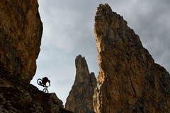 Grödner Joch, Dolomiten, Italien; Biker: Harald Philipp
