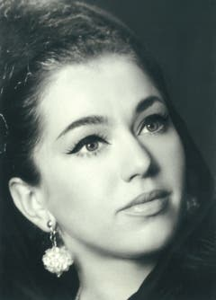Tänzerin Ljuba Karenina: Portrait in den Inseraten des Variétes Terrasse in der NZZ (1964-1967).