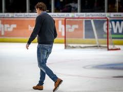 Abgang des profiliertesten Schweizer Eishockey-Trainers der letzten Jahrzehnten: Sein letztes Spiel am Sonntag, 25. November, gewann Arno Del Curto mit dem HC Davos bei den ZSC Lions 5:1. Zwei Tage später erklärte der 62-jährige Engadiner seinen Rücktritt (Bild: KEYSTONE/PATRICK B. KRAEMER)