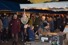 Weihnachtsmarkt in Ganterschwil. (Bild: Beat Lanzendorfer, 28.11.2018)