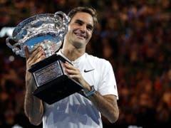 Roger Federer nach dem Gewinn seines 20. Grand-Slam-Titels am Australian Open. Der 37-jährige Basler, seit diesem Jahr die älteste Weltnummer 1 im Männertennis, hat die Wahl zum Schweizer Sportler bereits sieben Mal für sich entschieden. (Bild: KEYSTONE/AP/DITA ALANGKARA)