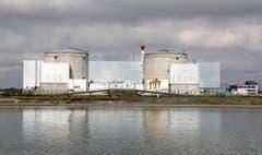 Das französische Atomkraftwerk Fessenheim wird im Sommer 2020 geschlossen. Dies kündigte Frankreichs Präsident Emmanuel Macron an. Das AKW nahe der Schweiz Grenze ist das älteste noch laufende Kernkraftwerk Frankreichs. Kritikern gilt es schon seit Jahrzehnten als Sicherheitsrisiko.Bild: Ronald Wittek/EPA