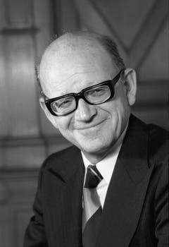 Der Luzerner CVP-Politiker Alphons Egli (1924-2016) – hier auf einer Aufnahme aus dem Jahr 1985 – war von 1982 bis 1986 Mitglied des Bundesrats. Davor sass Egli im Ständerat – ein Amt, das auch schon sein Vater bekleidet hatte. (Bild: Keystone)
