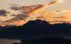 Föhnstimmung über den Alpen. (Bild: Daniel Hegglin (Zugerberg, 31. Oktober 2018))
