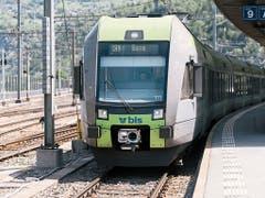 Das Bahnunternehmen BLS gleist ein Sparprogramm auf (Archivbild). (Bild: Keystone/Christian Beutler)