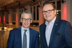 Urs P. Gauch, Leiter Departement Firmenkunden Raiffeisen Schweiz, mit Urner Landammann Roger Nager.
