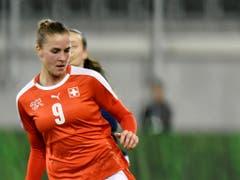 Ana Maria Crnogorcevic hatte in der Abwehr viel zu tun (Bild: KEYSTONE/WALTER BIERI)