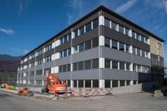 Das neue Innovation Center von Maxon Motor AG in Sachseln.(Bild: Boris Bürgisser, Sachseln, 9. November 2018)