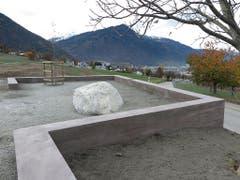 In Chur ist am Freitag der Ort der Erinnerung für die Opfer von fürsorgerischen Zwangsmassnahmen seiner Bestimmung übergeben worden. (Bild: Keystone-SDA)