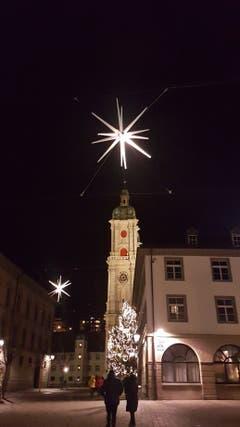 Die St.Galler Altstadt im festlichen Glanz. (Bild: Margrit Sutter)