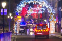 Der Strassburger Weihnachtsmarkt ist einer der ältesten und grössten in Europa. (Bild: AP Photo)