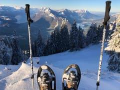 Der Winter ist angekommen - Ausblick von der Rotenflue SZ. (Bild: Markus Brülhart (Rotenflue, 12. Dezember 2018))