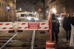Das Stadtzentrum von Strassburg wurde nach der Schiesserei abgeriegelt. (AP Photo/Jean-Francois Badias)