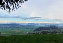 Blick vom Buttenberg auf die Innerschweizer-Berge. (Bild: Josef Habermacher (Rickenbach, 2. Dezember 2018))