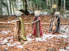 3 Könige auf dem Winterweg durch den Seelisberger Tannwald. (Bild: Theres Nussbaumer (Seelisberg, 19. Dezember 2018))