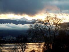 Weihnachtsstimmung über der Bucht bei Luzern. (Bild: Anneliese Nagy, 24. Dezember 2018)