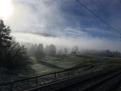 Der Nebel zieht vorbei. Weihnachtsspaziergang beim Stoss, Gais. (Bild: Barbara Büchel-Meier)