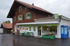 28. September: Der Einwohnerverein Grabserberg beschliesst einstimmig, den Prima-Laden künftig auf eigene Rechnung weiter zu betreiben. So kann die Schliessung verhindert werden. (Bild: Miriam Cadosch)