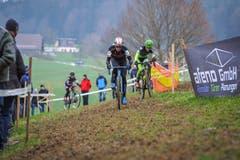 Nichts für schwache Beine: Das Radquer in Pfaffnau (Bild: Chris Roos (Pfaffnau, 26. Dezember 2018)