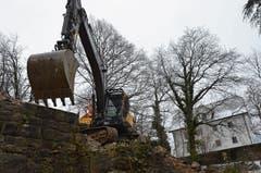 Keine Freude: Villa Landenberg wird dem Erdboden gleich gemacht. (Bild: Franziska Herger (15. Februar 2018))