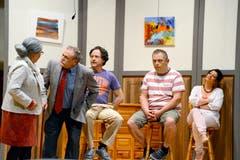 13. Oktober: Mit ihrem neuen Lustspiel «E verruckti Familie» trifft die Heimatbühne Werdenberg genau den Geschmack des Publikums. (Bild: Hansruedi Rohrer)