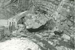 Gleiche Stelle, 80 Jahre früher: Steinschlag beim Zingeltunnel. Bild: afbn.ch