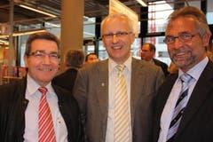 Die Unzertrennlichen, bei der Eröffnung der neuen Migros im April 2010, mit Gemeinderatskollege Hans Steinmann. (Bild: Florian Hofer)