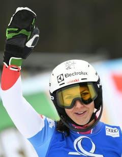 Die Schweizerin Wendy Holdener jubelt am , nach dem 2. Durchgang des Slaloms der Damen im österreichischen Semmering. (Bild: KEYSTONE/APA/ROLAND SCHLAGER)