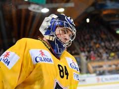 Auch ein All-Star-Team wird am Spengler Cup gewählt: Im Tor Daniel Manzato (KalPa Kuopio) (Bild: KEYSTONE/SPENGLER CUP/GIAN EHRENZELLER)