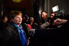Die neugewählte Bundesratin Viola Amherd spricht zu den Medien. (Bild: KEYSTONE/Anthony Anex)