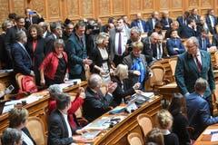 Viola Amherd freut sich über ihre Wahl zum 118. Mitglied des Bundesrates. (Bild: Keystone)