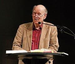 Franz Hohler las aus seinen Büchern und begeisterte mit Kurzgeschichten. (Bild: Bilder: Max Pflüger)
