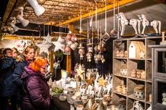 Bereits am Freitag reisten zahlreiche Besucher nach Willisau. (Bild: Philipp Schmidli, Willisau, 7. Dezember 2018)